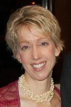 Kelly Blazek Headshot